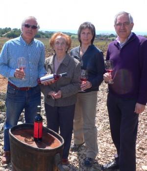 Mais Bartholomew obtient la production de vin.